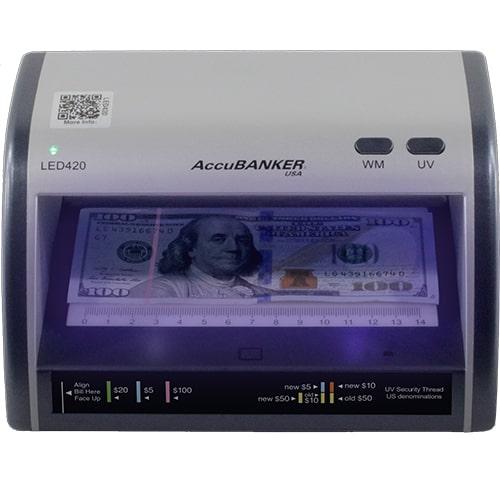1-AccuBANKER LED420 tester bankoviek