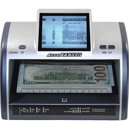 1-AccuBANKER LED440 tester bankoviek