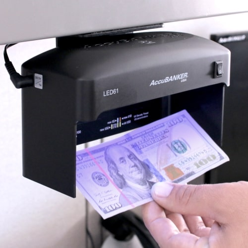 2-AccuBANKER LED61 tester bankoviek
